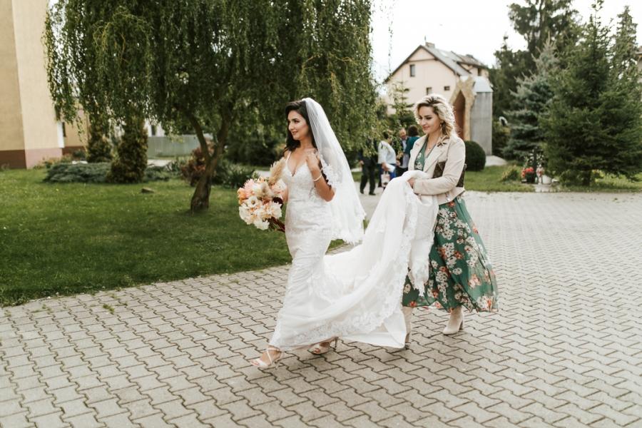 najpiękniejsze suknie ślubne 2019