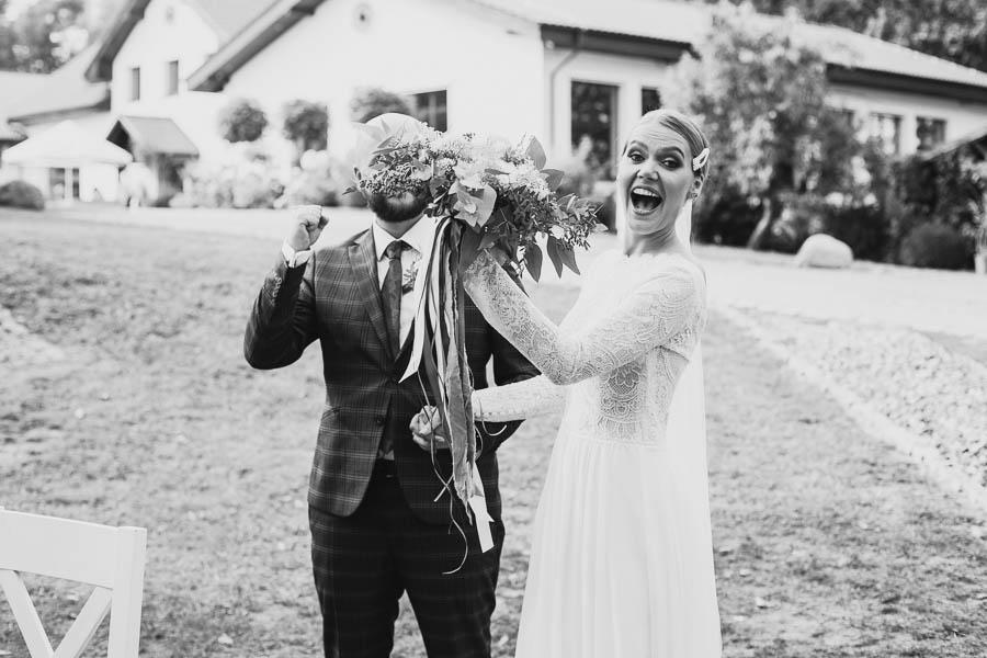 ile kosztują zdjęcia ślubne 2020