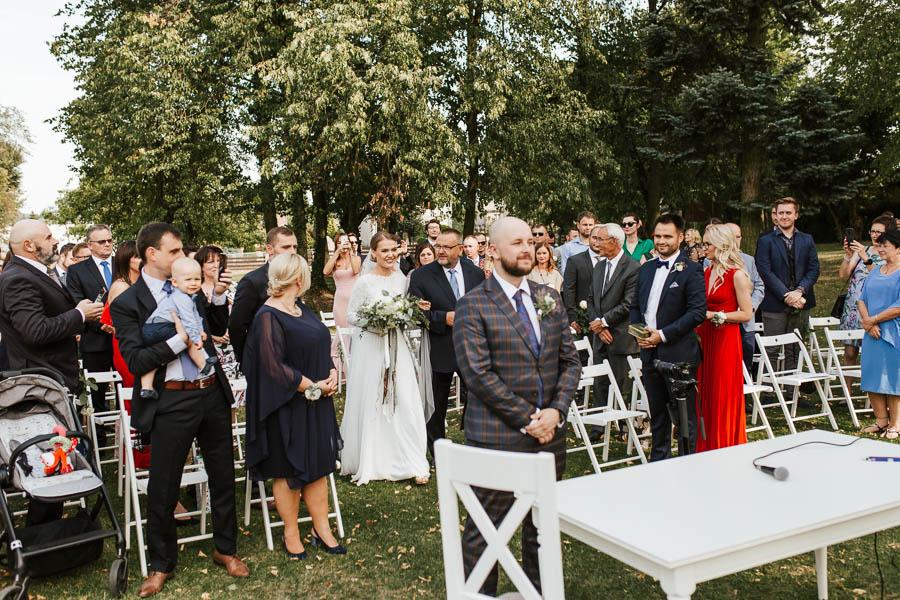 najładniejsze miejsca na ślub w plenerze poznań