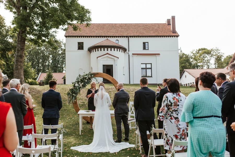 najładniejsze miejsca na plener ślubny w wielkopolsce
