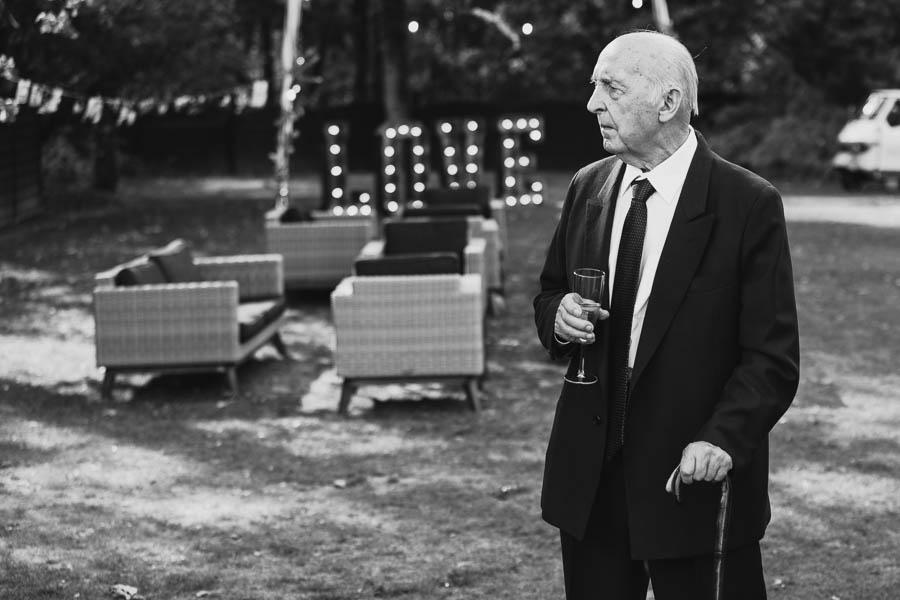 najpiękniejsze czarno białe zdjęcia ślubne 2020