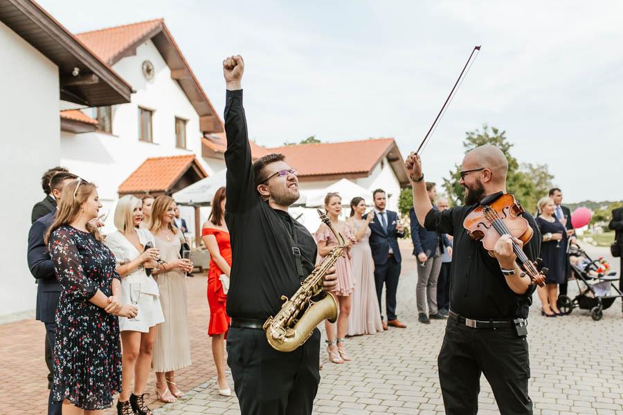 naturalne zdjęcia ślubne reportaż
